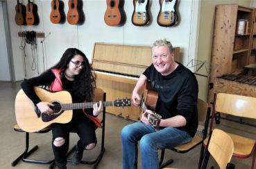 Gitarrenunterricht In Der Gemeinschaftsschule Mölln